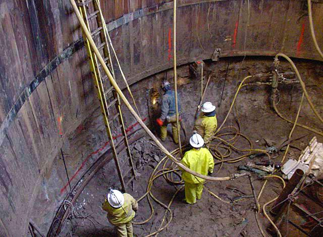 Excavation of shaft through frozen ground